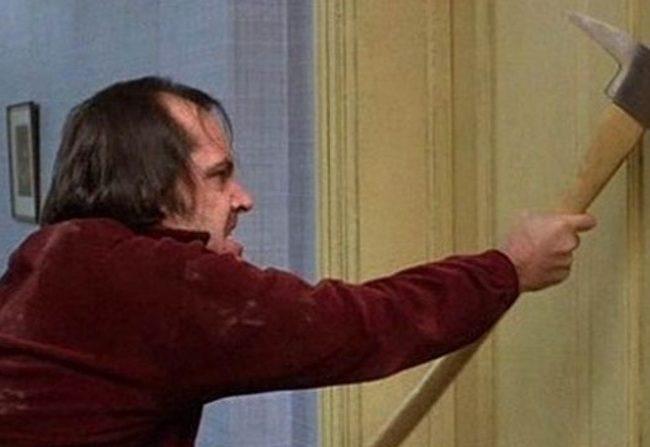 El hacha usado por Jack Nicholson en El resplandor vendido por 190.000€